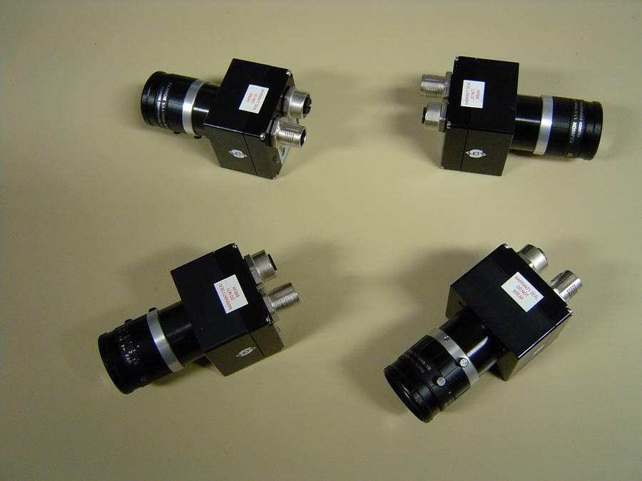 Une version multi-caméras IP67 contrôle l'étanchéité d'éprouvette pour EDF.